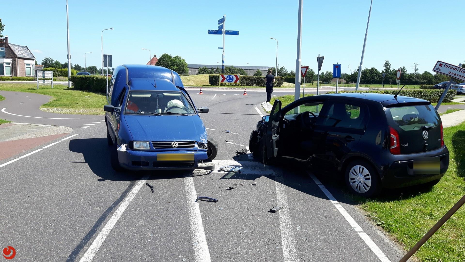 Forse schade bij ongeval tussen MMBS-voertuig en personenauto