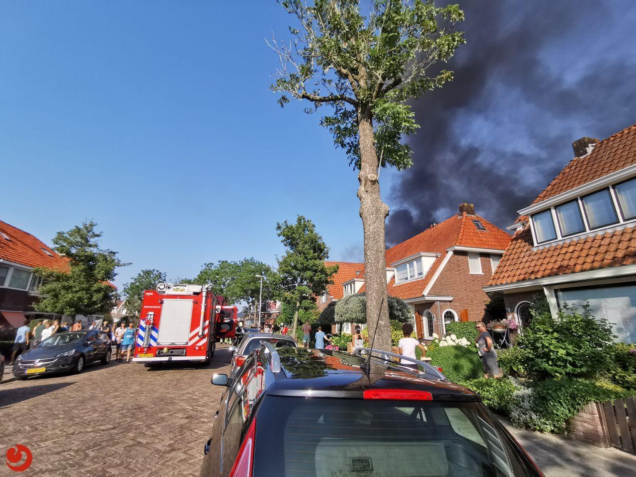 Grote brand bij woning in Leeuwarden