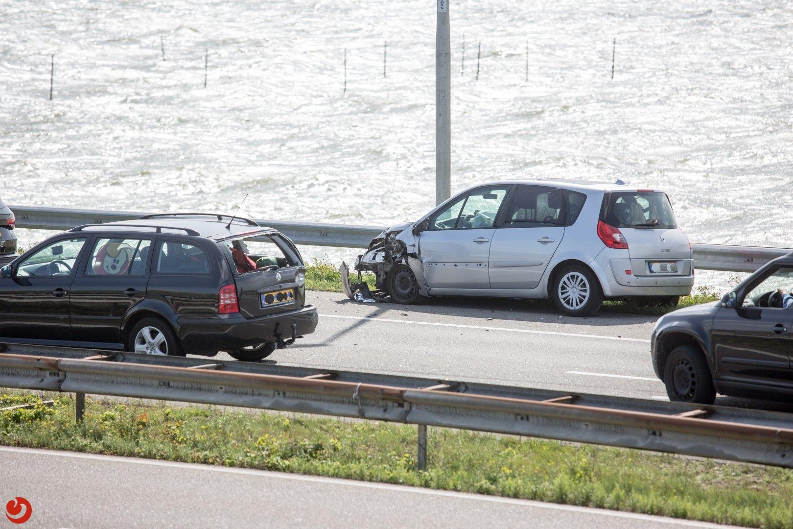 File na kopstaart aanrijding Afsluitdijk