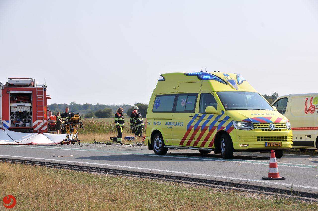 Ernstig gewonde na aanrijding tussen auto en vrachtwagen