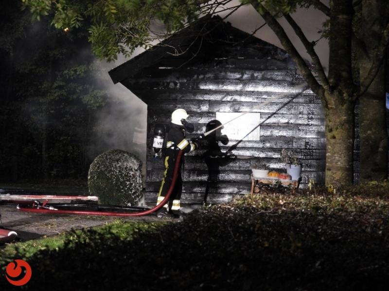 Geiten gered bij uitslaande brand