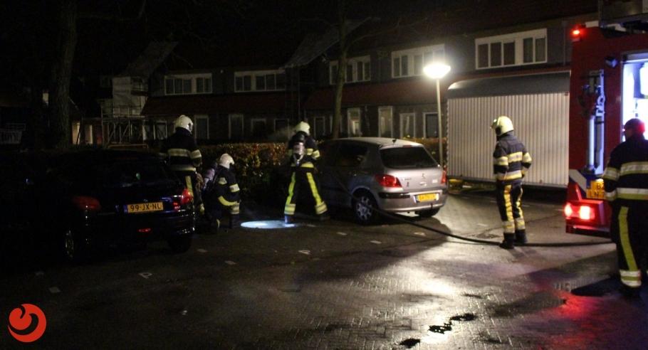 Auto zwaar beschadigd door brandstichting