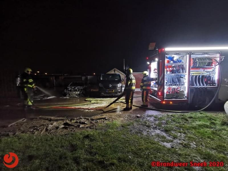 Auto uitgebrand in Sneek