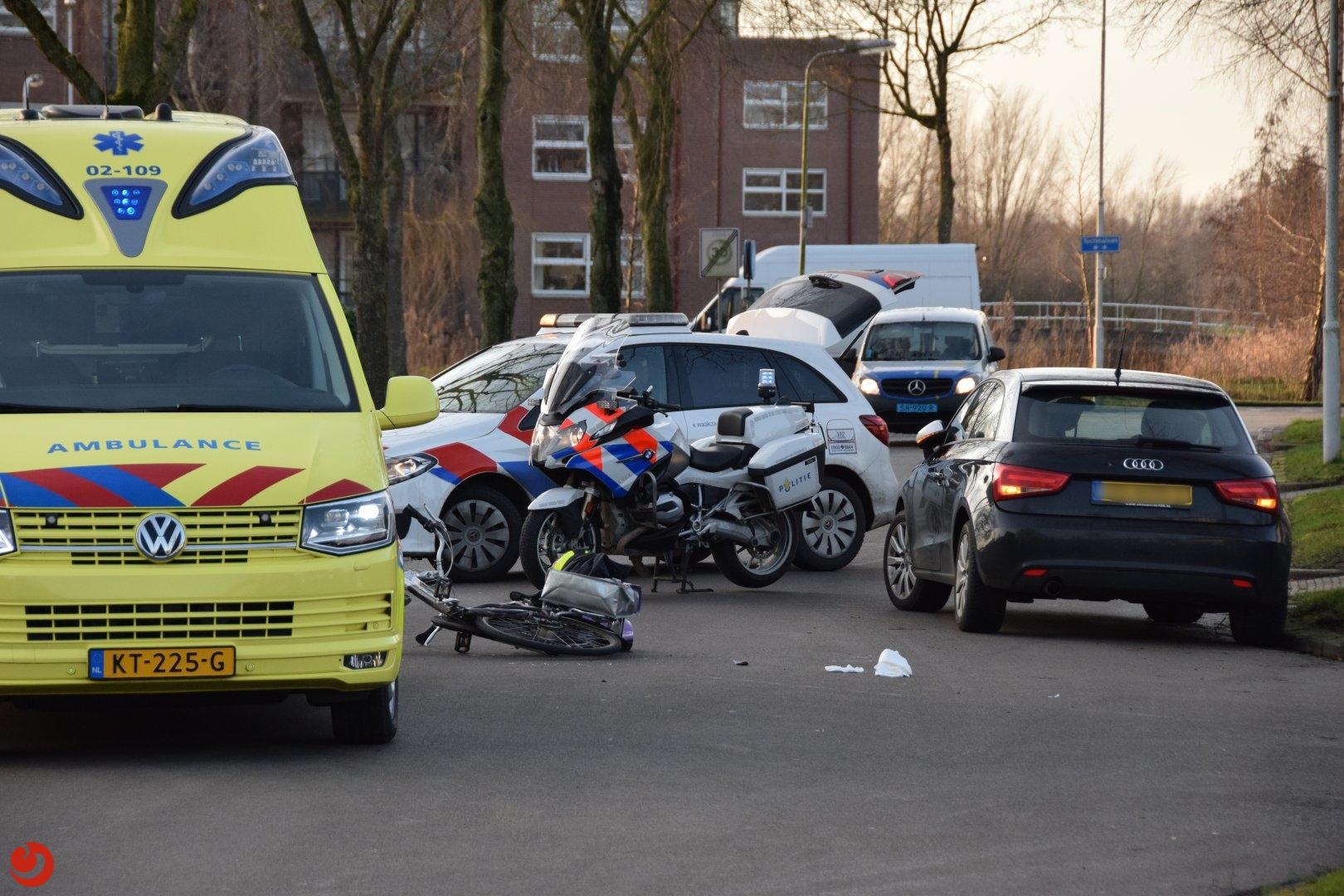 Fietsster gewond na botsing met auto in Kollum