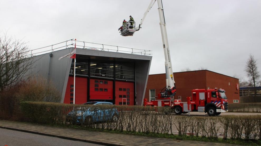 Stormschade bij brandweerkazerne