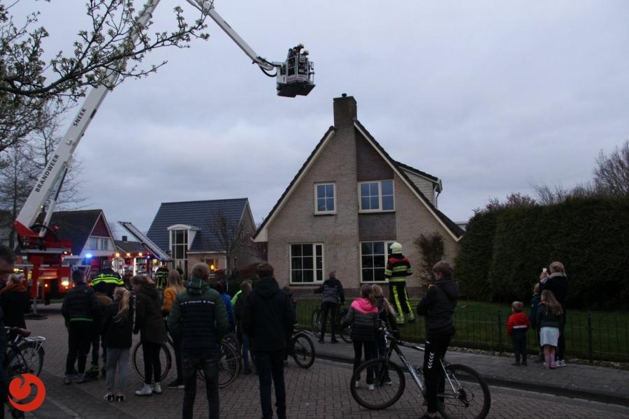 Brandweer rukt uit voor flinke schoorsteenbrand