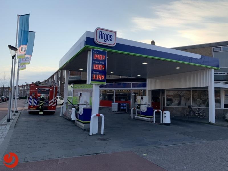Tankstation dicht door brandje in aangrenzend pand