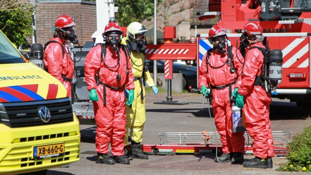 Brandweer assisteert bij twee vermoedelijke coronapatiënten