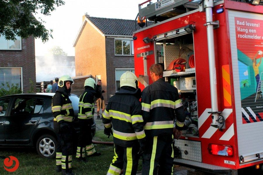 Flinke brand achter woonhuis