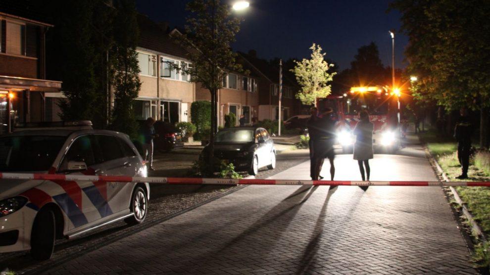 Twee gewonden bij woningbrand; politie doet onderzoek