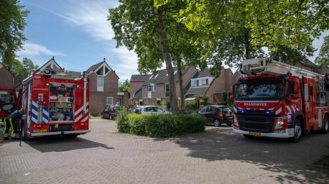 Woningbrand geblust door omwonenden