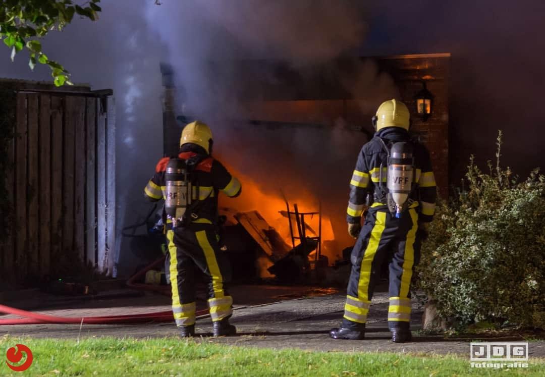 Garagebox volledig uitgebrand