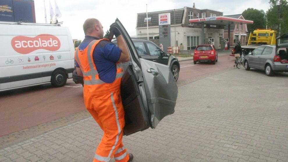 Flinke schade aan auto na ongeval