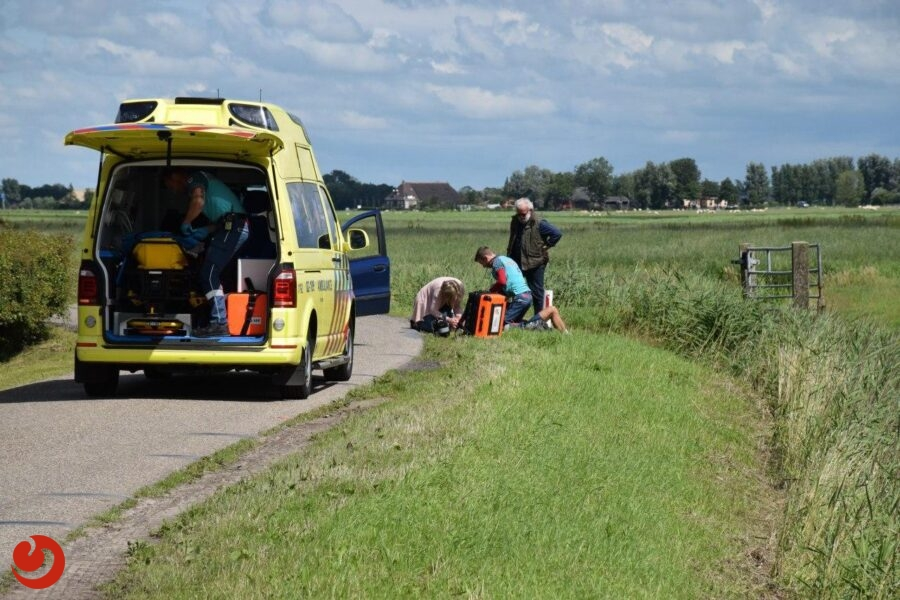 Wielrenner gewond na botsing met auto