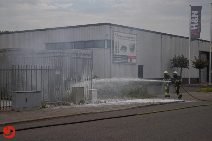 Brand in elektriciteitskast bij zendmast
