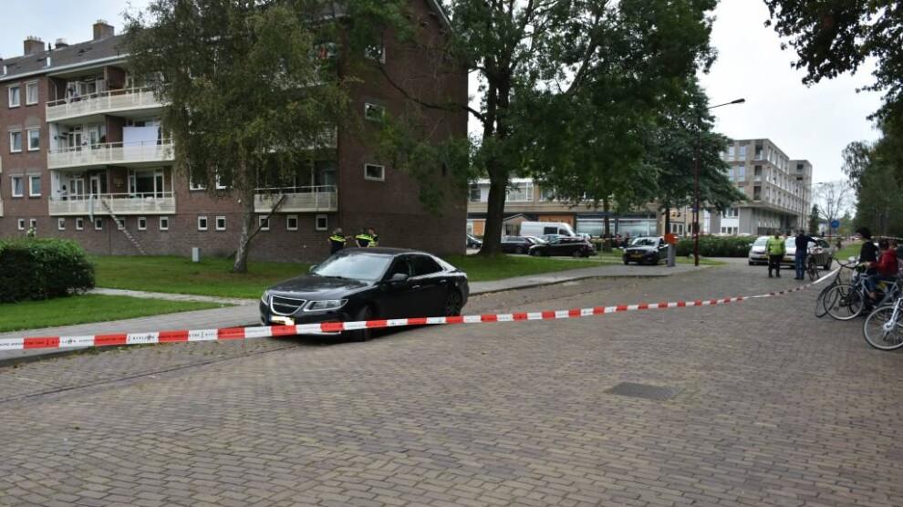 Politie lost waarschuwingsschot na woningoverval