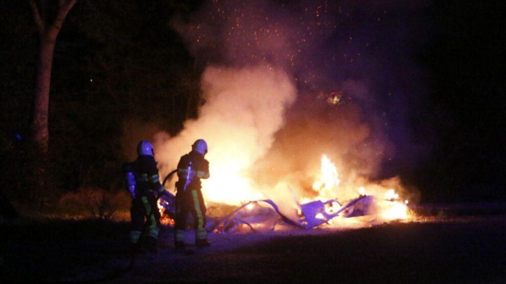 Caravan volledig afgebrand