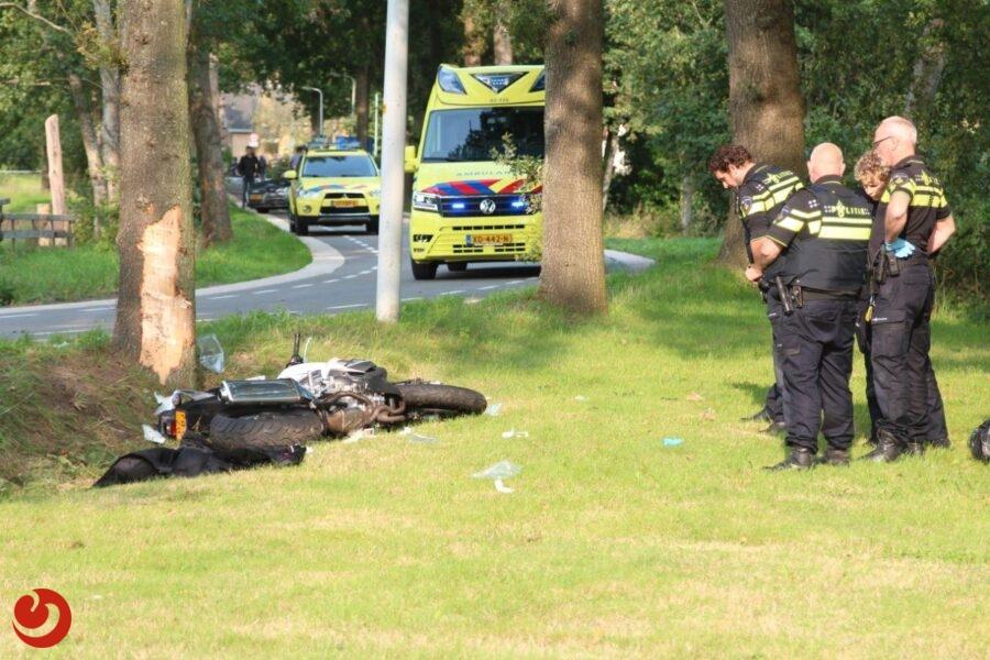 Twee gewonden bij ernstig ongeval met motor