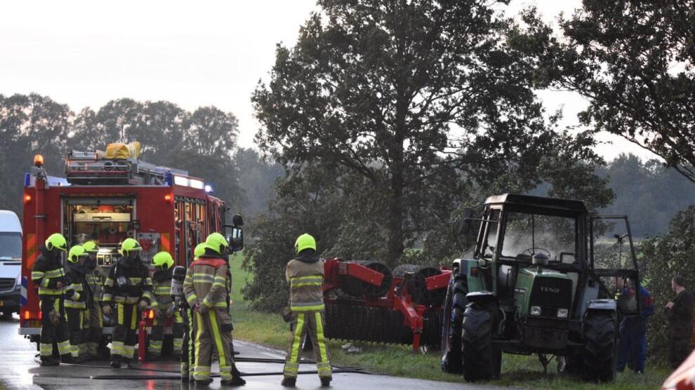Tractor uitgebrand