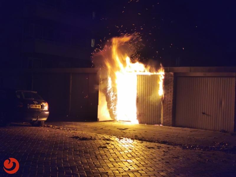 Uitslaande brand in garagebox