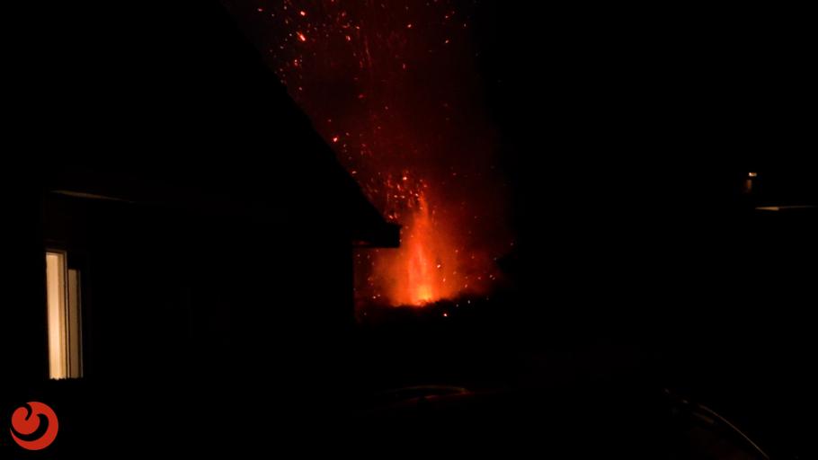 Coniferenhaag uitgebrand in achtertuin