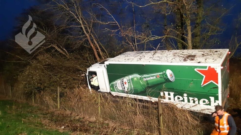 Vrachtwagenchauffeur heeft engeltje op schouder bij eenzijdig ongeval