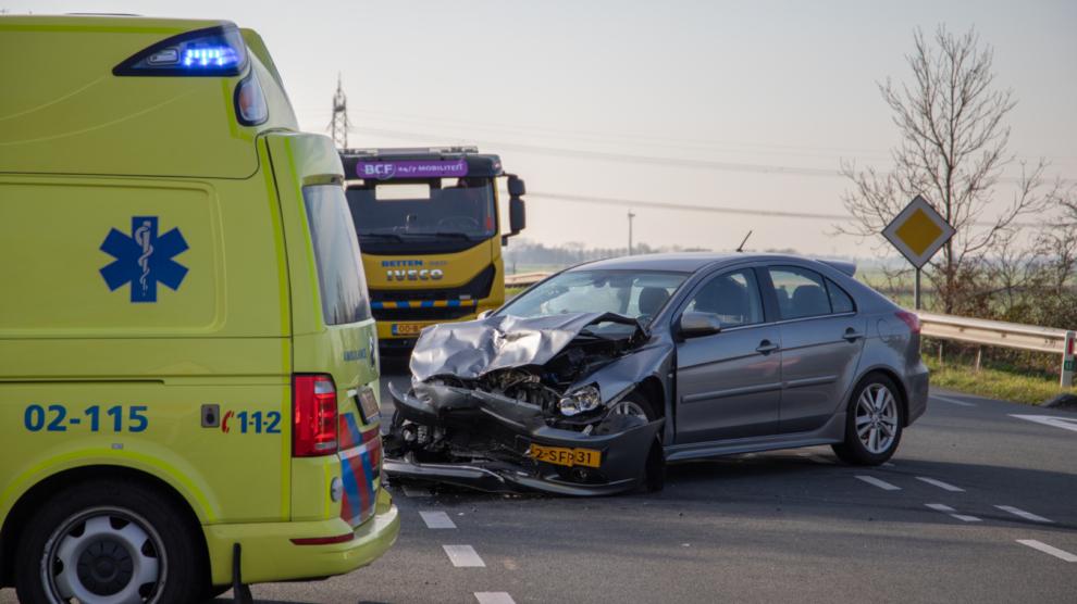 Drie gewonden bij ongeval op kruising