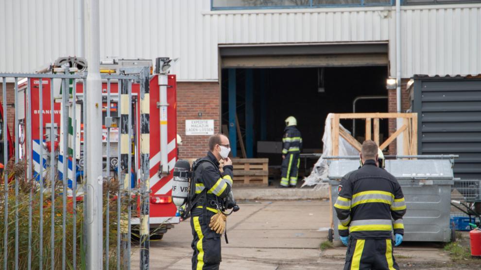 Brandweer in actie voor brand in industriepand