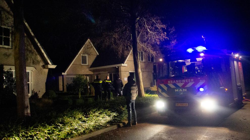 Hulpdiensten in actie voor brand in garage