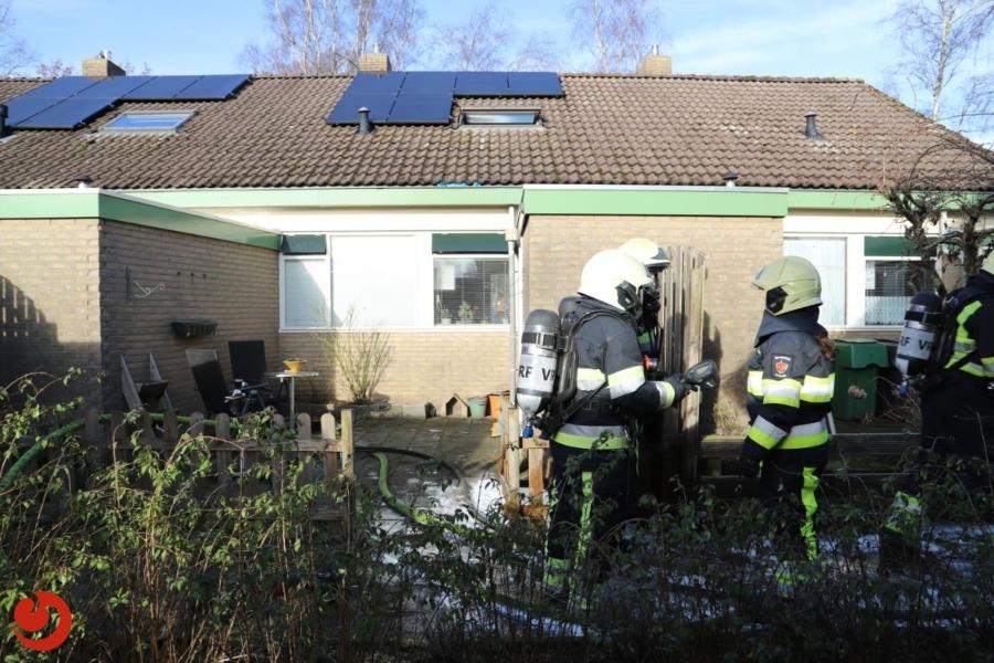 Brandweer in actie voor keukenbrand