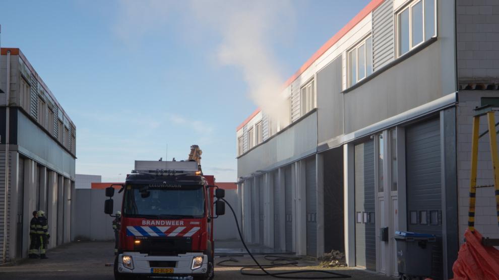 Veel rookontwikkeling bij brand in bedrijfsverzamelgebouw