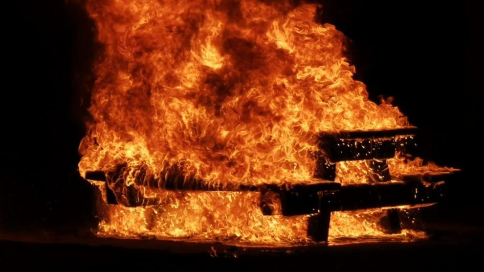 Brandweerauto wil niet starten; brandweer met busje naar buitenbrand