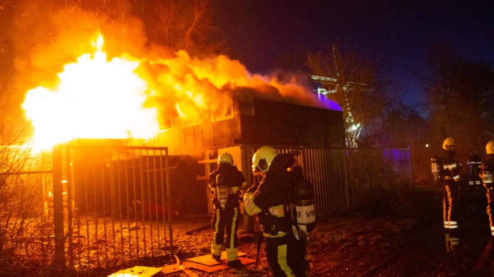 Felle uitslaande brand in leegstaand gebouw