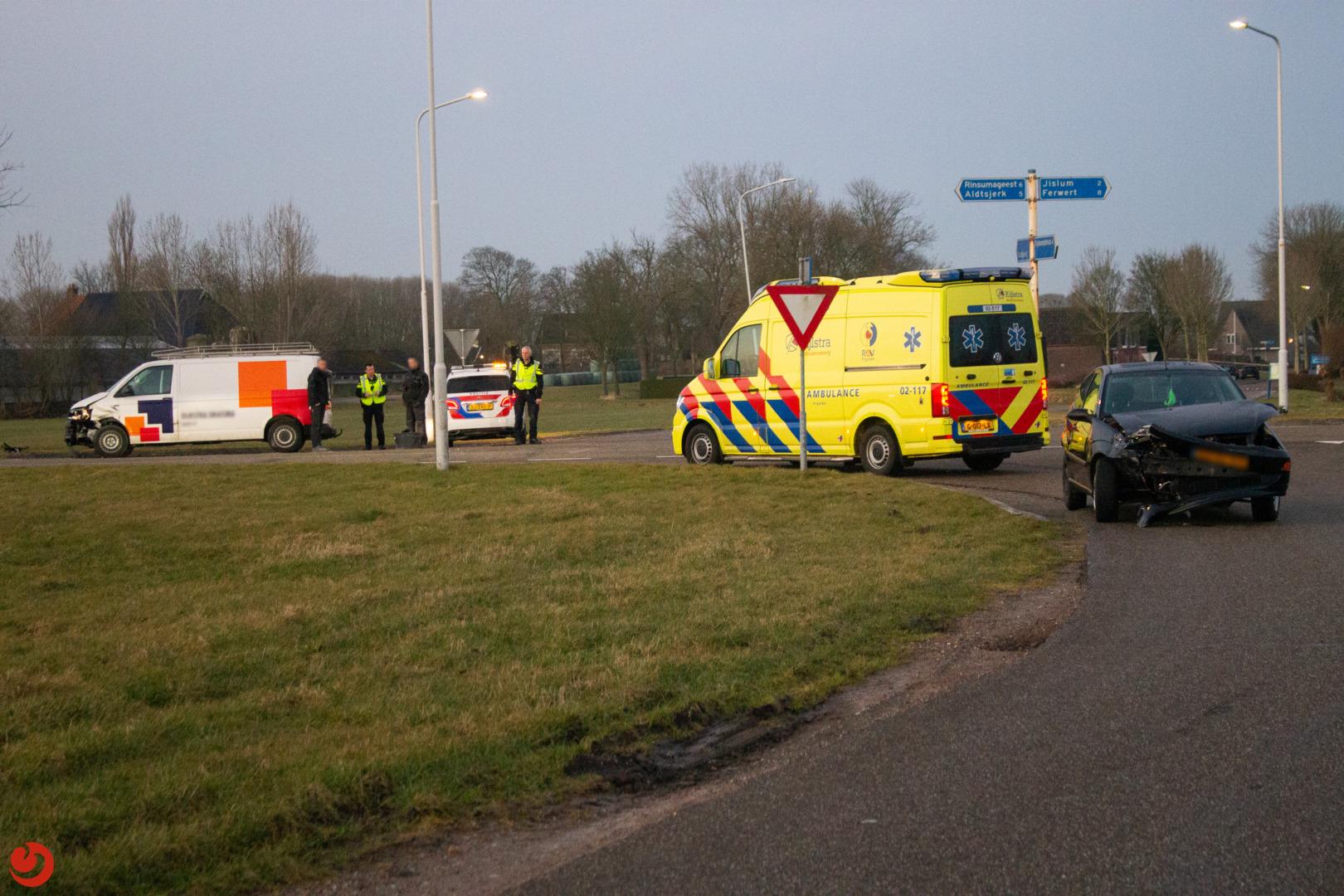 Ongeval tussen twee voertuigen op beruchte kruising.