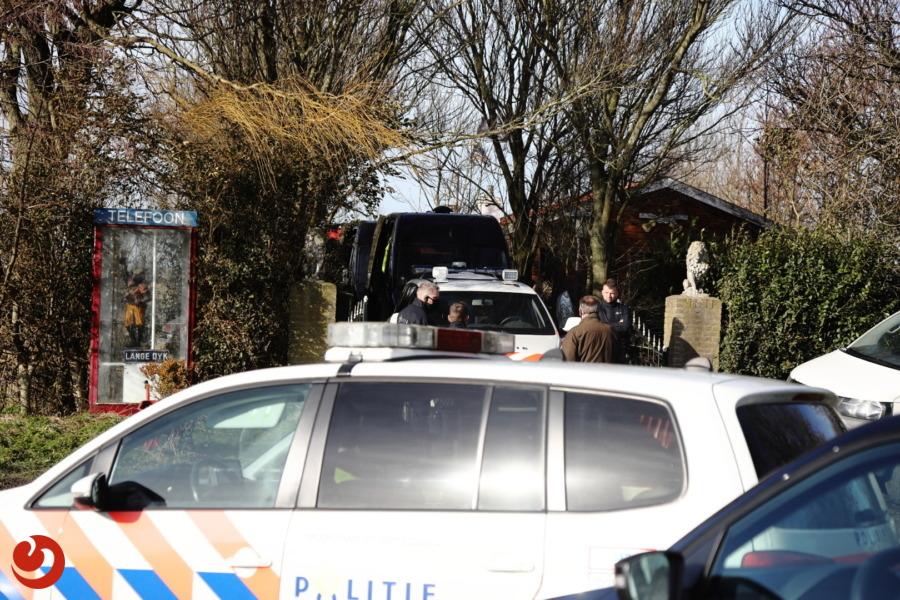Politie treft drugslaboratorium aan in loods