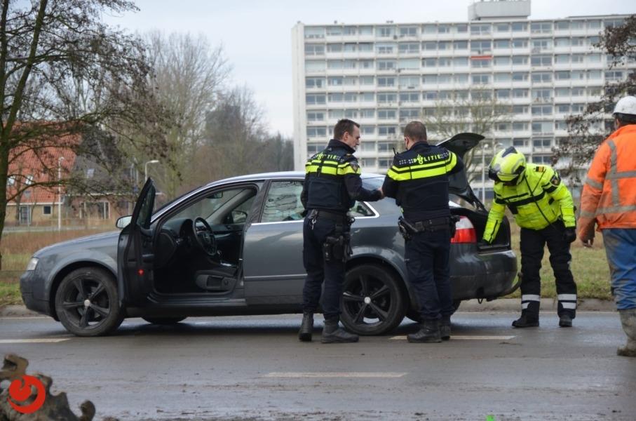 Automobilist onder invloed rijdt weg van de politie; achtervolging vanuit Ysbrechtum eindigt in Goutum