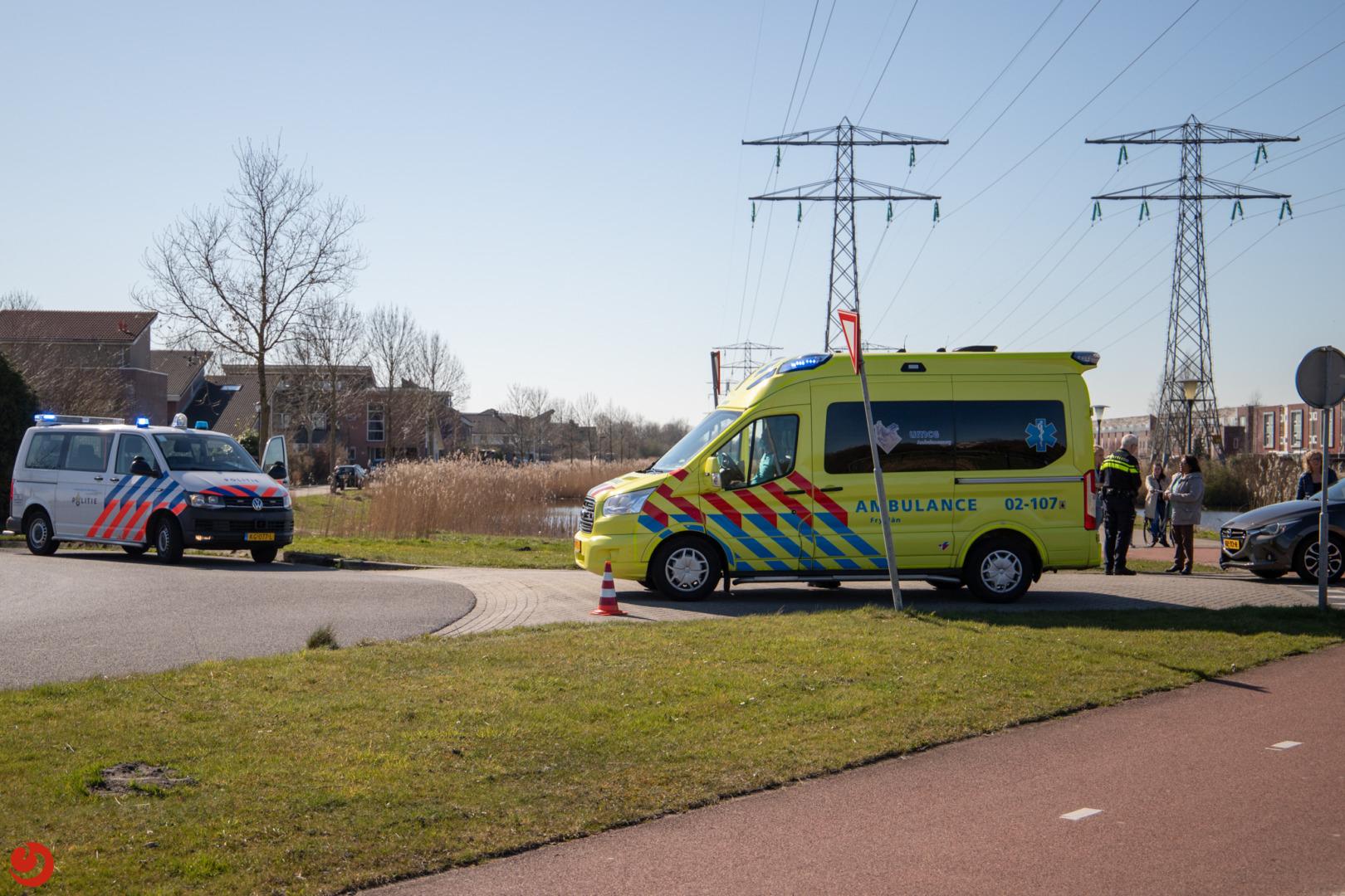 Scooterrijder gewond bij aanrijding met auto.