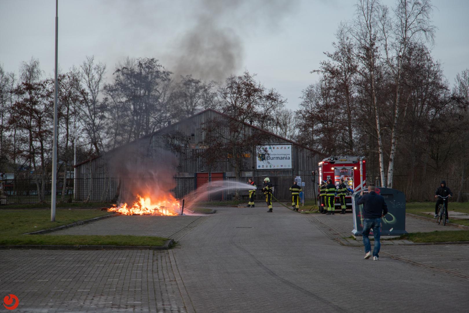 Melding autobrand blijkt bult afval