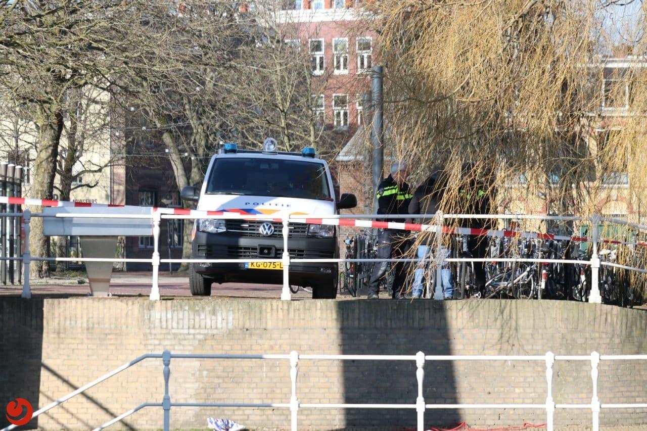 Mogelijk explosief gevonden onder brug