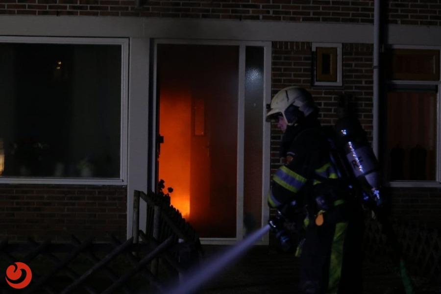 Veel rook bij brand in tussenwoning