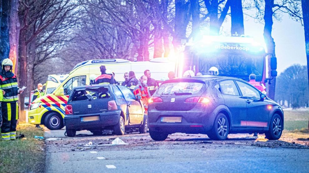 Automobilist zwaargewond bij eenzijdig ongeval