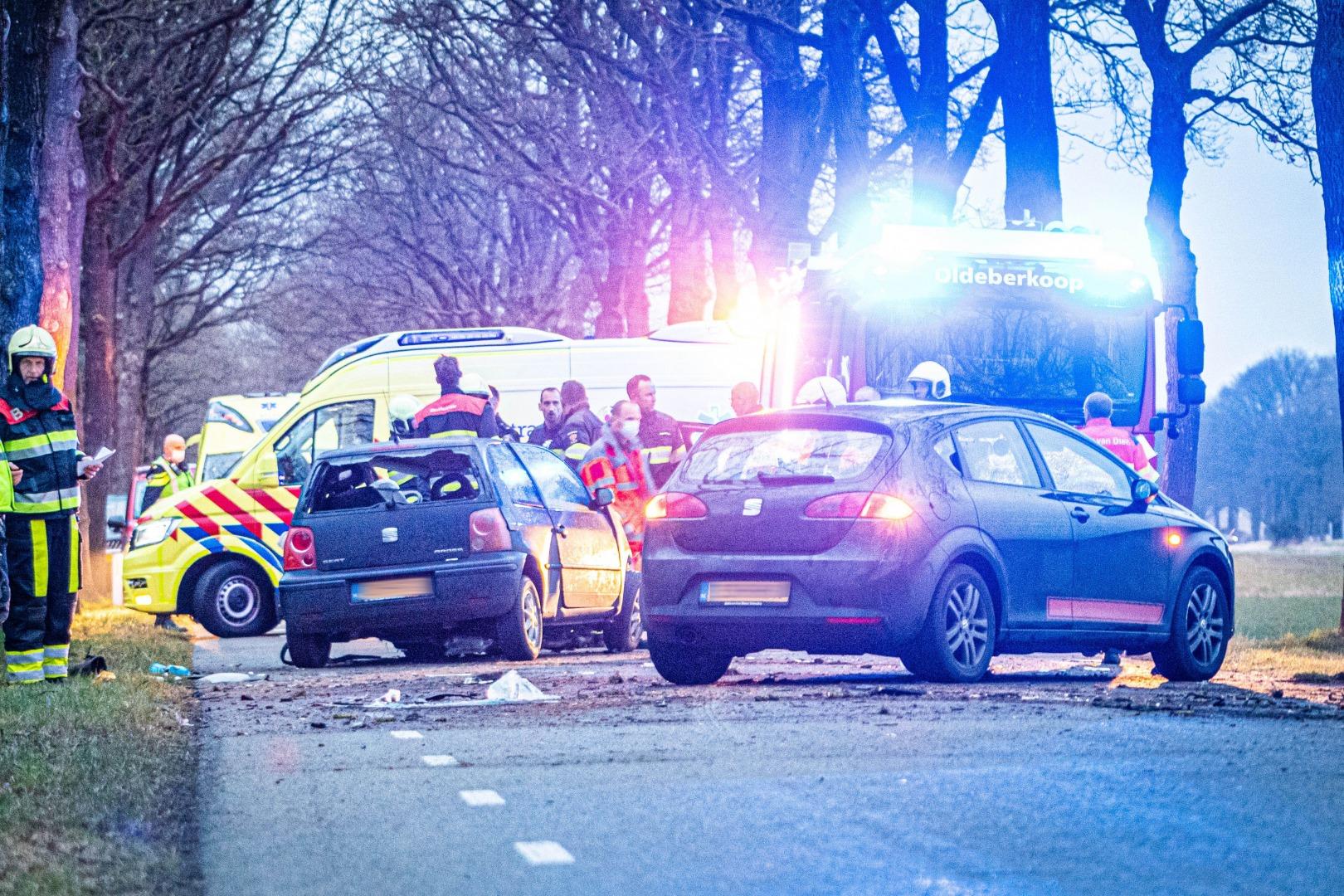 Automobilist zwaargewond bij eenzijdig ongeval.