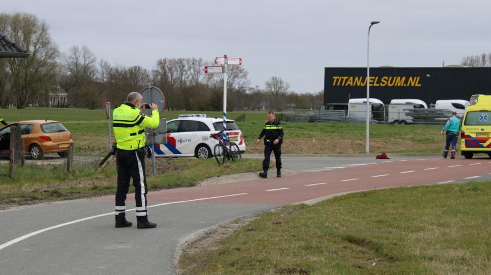 Mountainbiker aangereden door auto