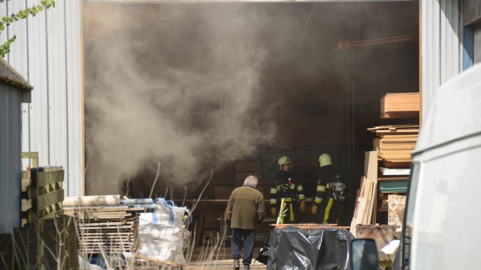 Brand in afzuigsysteem bij interieur bouwbedrijf