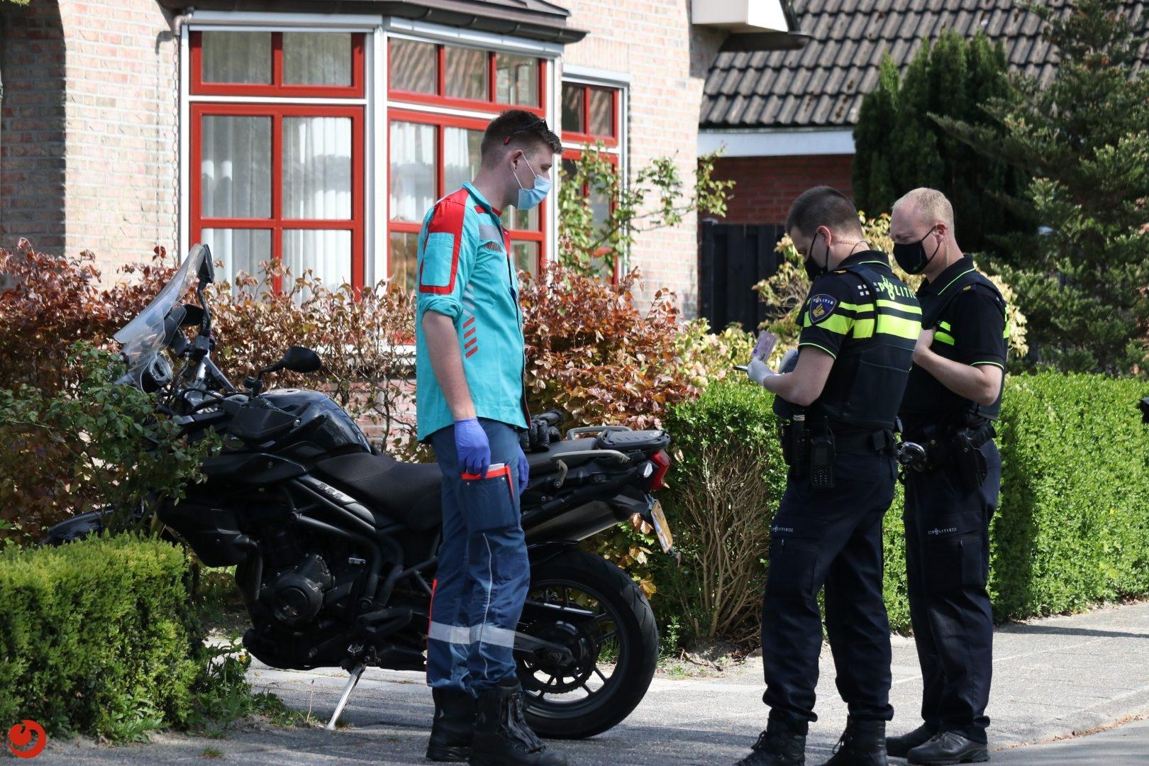 Motorrijder gewond door aanrijding met auto.