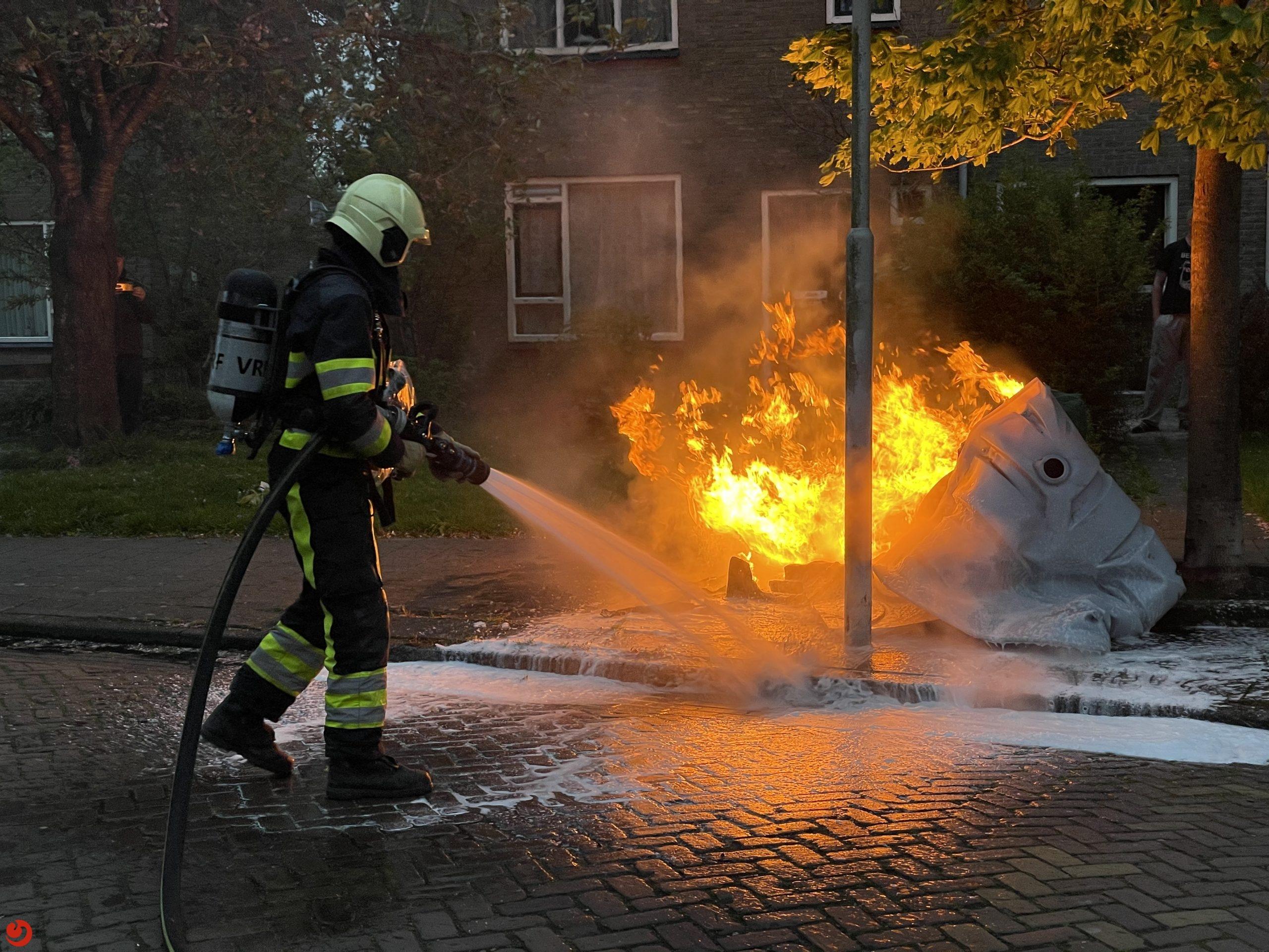 Bouwtoilet in brand gestoken in woonwijk Jirnsum