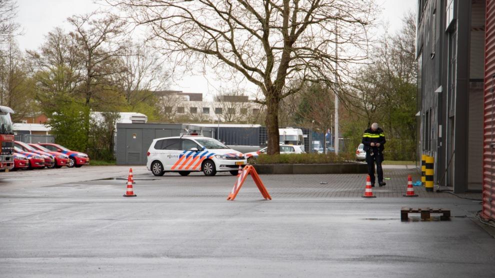 Politie lost waarschuwingsschoten na vernielingen met bijl