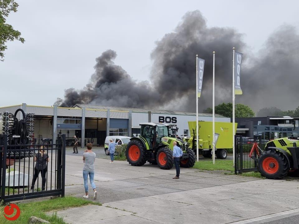 Forse brand bij mechanisatiebedrijf Easterein
