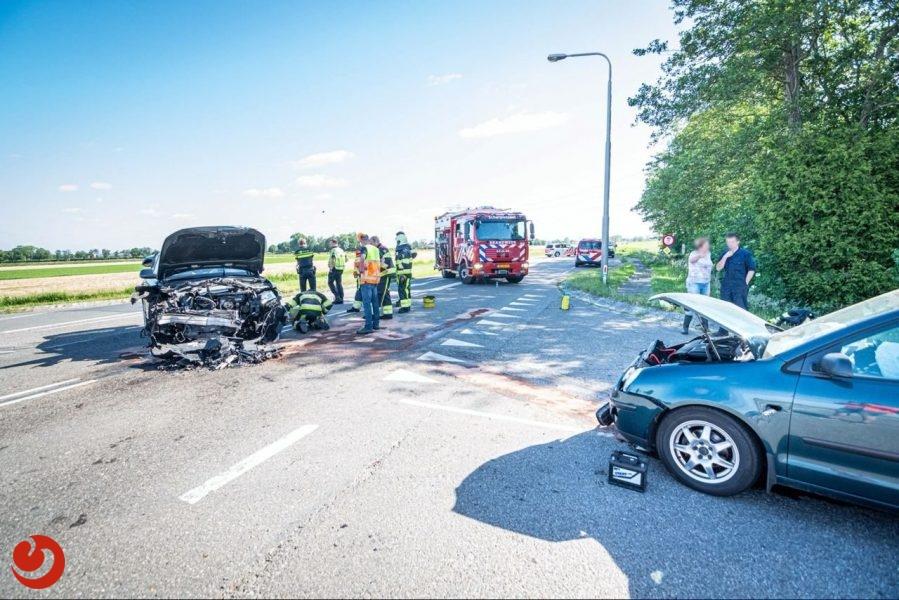 Twee gewonden bij frontale aanrijding in Spanga