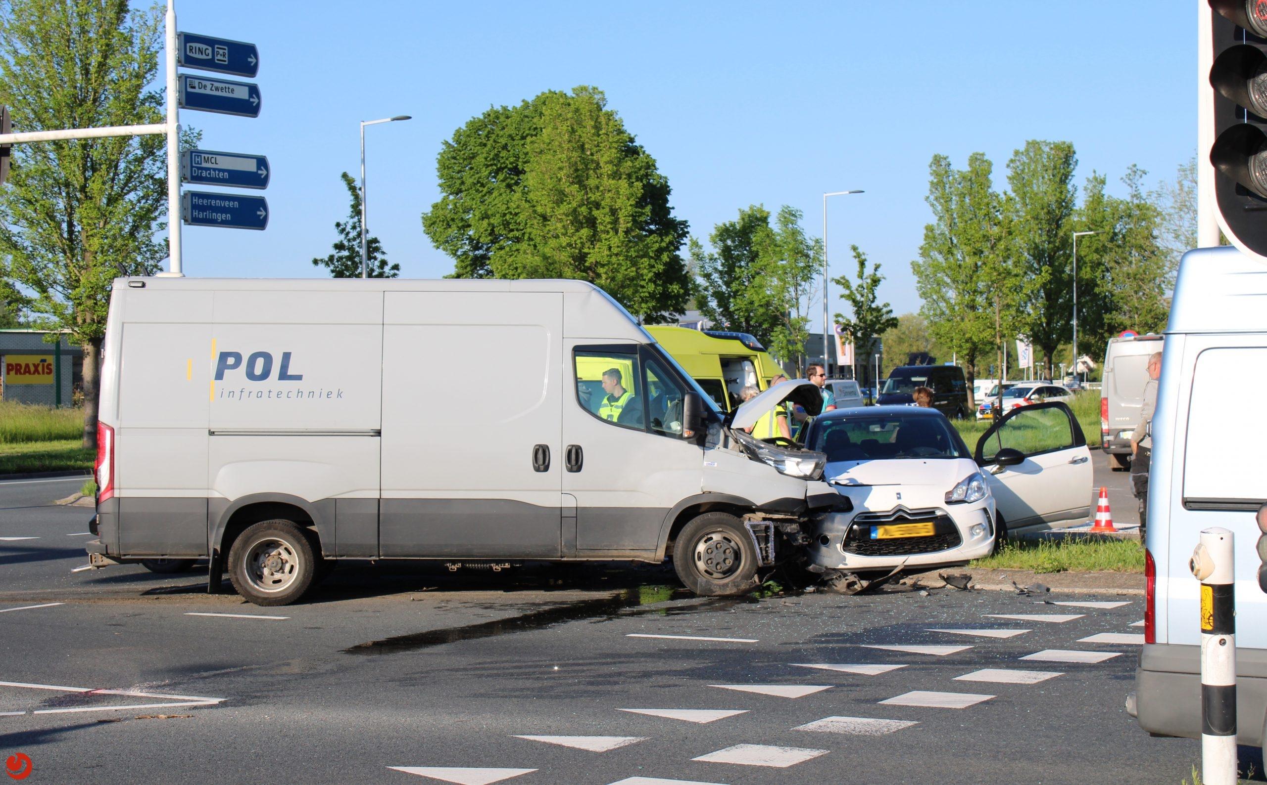 Veel vertraging op rondweg Leeuwarden door ongeval.